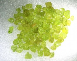 50CTS PERIDOT ROUGH PARCEL RG-2105