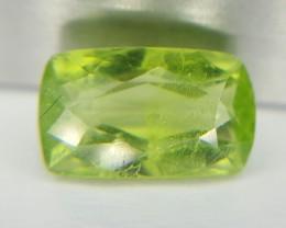 2.35 Natural Green Peridot High quality Gemstone L2