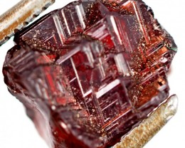 5.9 CTS AMAZING SPESSARTITE GARNET CRYSTAL [STS 637