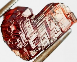 9.40 CTS AMAZING SPESSARTITE GARNET CRYSTAL [STS644]