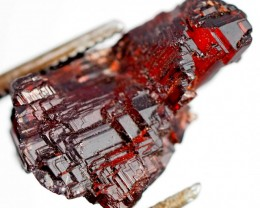 10.50 CTS AMAZING SPESSARTITE GARNET CRYSTAL [STS651]