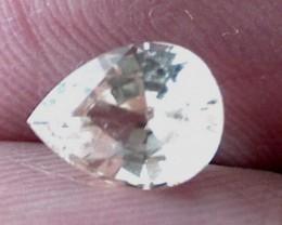 1.55ct Pear Cut Pastel Yellow Sapphire, Tanzania. VVS A0002
