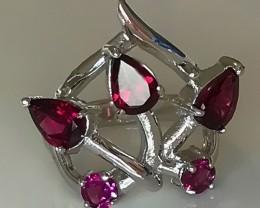 An Artistic Rhodolite Garnet Ring - Sterling Silver Size 8