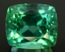 NR ~ 11 cts Flawless Lush Green Spodumene Gemstone