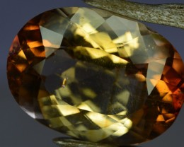 20.60 Crt Amazing Topaz Gemstone From Pakistan