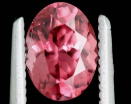 1.36CTS MAHENGE GARNET FACETED STONE PG-2151