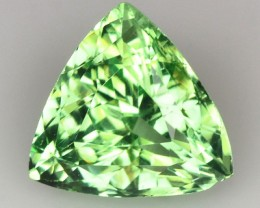 ~BEAUTIFUL~ 1.32 Cts Natural Green Grossular Garnet Trillion Russia