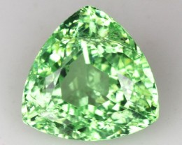 ~LOVELY~ 1.55 Cts Natural Green Grossular Garnet Trillion Russia