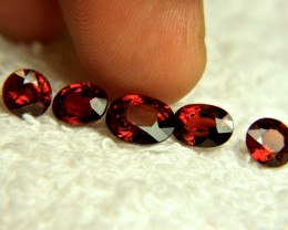 9.09 Tcw. VVS Fiery Red African Spessartite Garnet - Superb