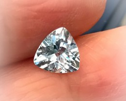 High Luster Sky Blue Topaz Jewellery grade VVS gem 7mm No Reserve Auction