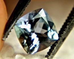 1.0 Carat Beautiful VVS African Tanzanite - Beautiful