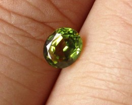 0.90cts Natural Australian Yellow Parti Sapphire Oval Shape