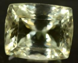 26.40 ct Flowless Greenish Spodumene Gemstone