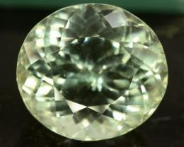 28 ct Greenish Spodumene Gemstone
