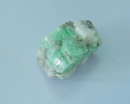 Natural Emerald Rough Stone,Heated Treatment,21x13x10mm,20.5ct B224