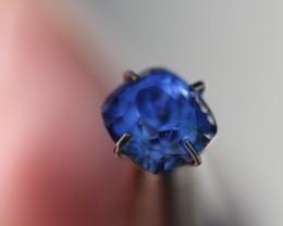 2.13 ct bi color blue sapphire Sri Lanka.