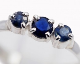 SIZE 9 BLUE AUSTRALIAN SAPPHIRES SET IN SILVER RING [SJ4505]