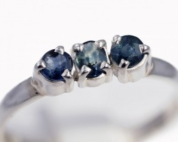 SIZE 9 BLUE AUSTRALIAN SAPPHIRES SET IN SILVER RING [SJ4506]