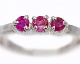 SIZE 9 PINK AUSTRALIAN SAPPHIRES SET IN SILVER RING [SJ4518]