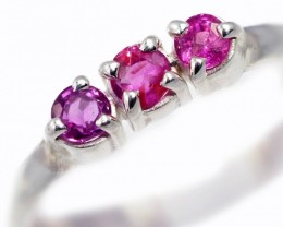 SIZE 8 PINK AUSTRALIAN SAPPHIRES SET IN SILVER RING [SJ4527]