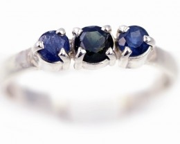 SIZE 8 BLUE AUSTRALIAN SAPPHIRES SET IN SILVER RING [SJ4529]