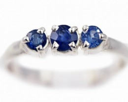 SIZE 8 BLUE AUSTRALIAN SAPPHIRES SET IN SILVER RING [SJ4530]