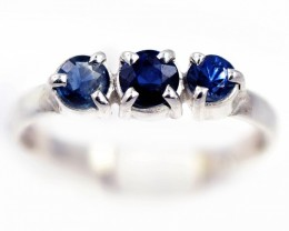 SIZE 7 BLUE AUSTRALIAN SAPPHIRES SET IN SILVER RING [SJ4547]