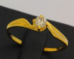 8.81ct 18K Yellow Gold Natural Off White Diamond Ring size 6.25
