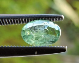 0.65ct EMERALD OVAL FACETED GEMSTONE FROM ZAMBIA