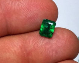 1.10 cts EMERALD - NOVA ERA - TOP COLOR