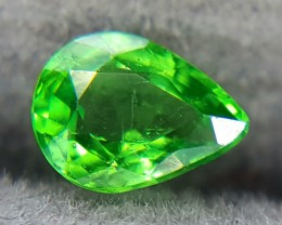0.26Crt Natural Tsavorite Faceted Gemstone (R 52)