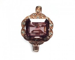 925 Sterling Ring with 2.20 carats Natural Pink Sapphire
