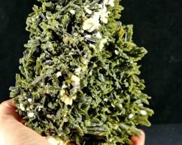 7160 Ct Unheated ~ Natural  Superb Green Epidot Specimen