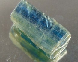 19.70 CTS NATURAL BLUE KYANITE ROUGH MINERAL SPECIMEN