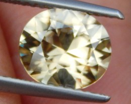 2.57cts, Yellow Zircon,  VVS1 Eye Clean, Top Cut