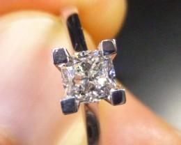 0.70ct Solitaire Diamond Ring 14kt White Gold , E VVS
