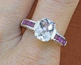 White Topaz & Garnet Sterling Silver Ring - Size 9