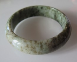NICE NATURAL JADE BANGLE 325cts