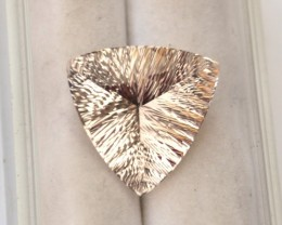 6.98 Carat Fine Trillion Millennium Cut Morganite