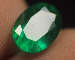 Wow Very Beautiful Cut Emerald