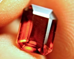 3.20 Carat VVS/VS Amber Hessonite Garnet - Lovely