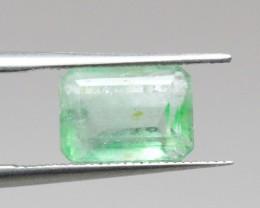 Natural Emerald - 1,67 ct - Gemstone