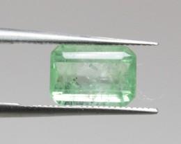 Natural Emerald - 1,24 ct - Gemstone