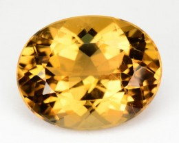5.64 Cts NATURAL HELIODOR BERYL - GOLDEN YELLOW - OVAL - BRAZIL
