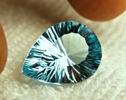 1$NR - 20.86 Carat Vibrant Blue VVS1 Topaz - Gorgeous