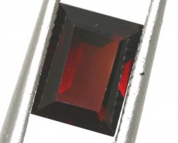 2.1CTS GARNET FACETED GEMSTONE PG-2334