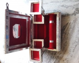 Art Jewelery Boxes