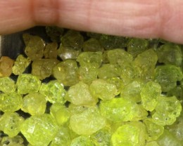 50CTS PERIDOT ROUGH PARCEL RG-2319