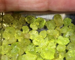 50CTS PERIDOT ROUGH PARCEL RG-2320