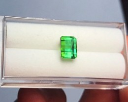 3.25 cts NEON GREEN TOURMALINE - AMAZING COLOR